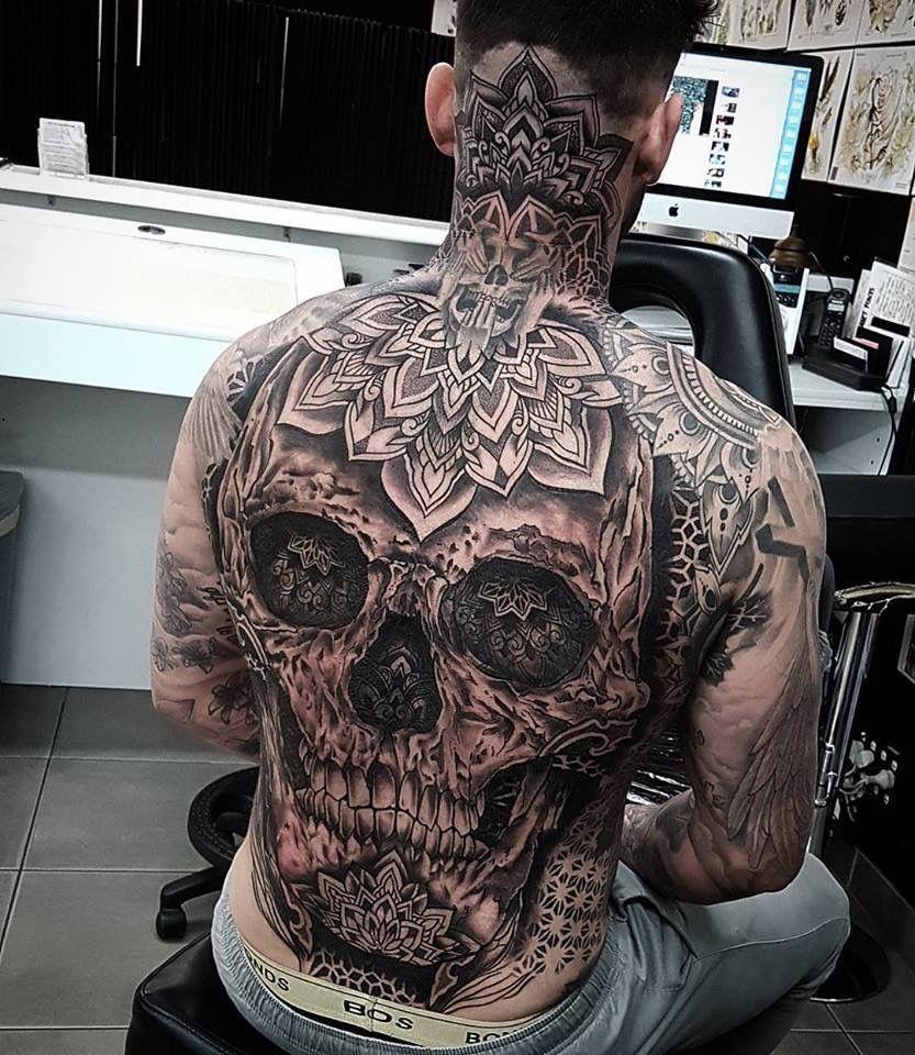 0dbe97c1e Back piece skull | Ink | Tattoo drawings, Tattoos, Skull tattoos