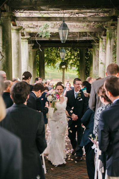 Outdoor cincinnati wedding venue from jen jonah 3 wedding venues outdoor cincinnati wedding venue from jen jonah 3 junglespirit Gallery