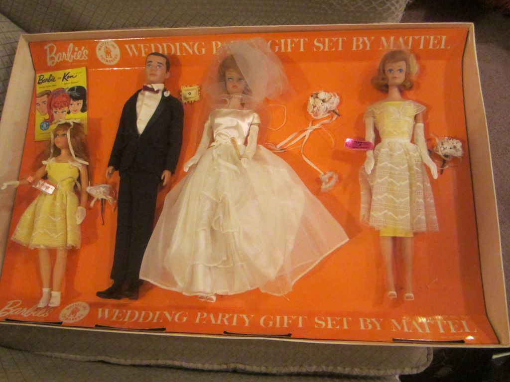 1964 Barbie's Wedding party Gift Set complete in box RARE