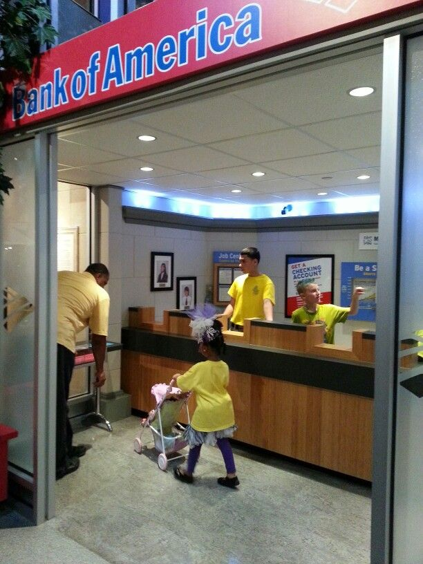 Fun at the Children's Museum of Houston at the Pretend Bank of America for Kid's.  They give them a Debt Card and allow them to use a Kid's ATM Machine.