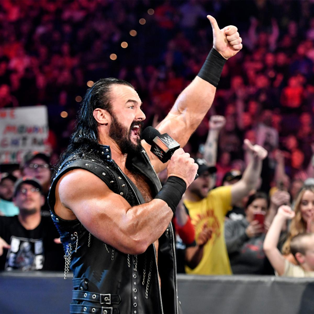Photos Orton Mcintyre And Styles Collide In Wild Triple Threat Match In 2020 Drew Mcintyre Aj Styles Wwe Superstars