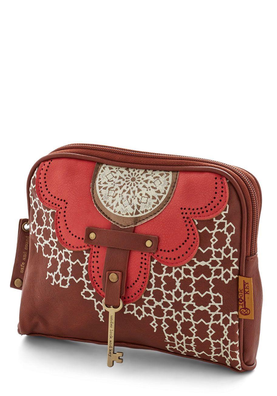 Key to Finesse Makeup Bag