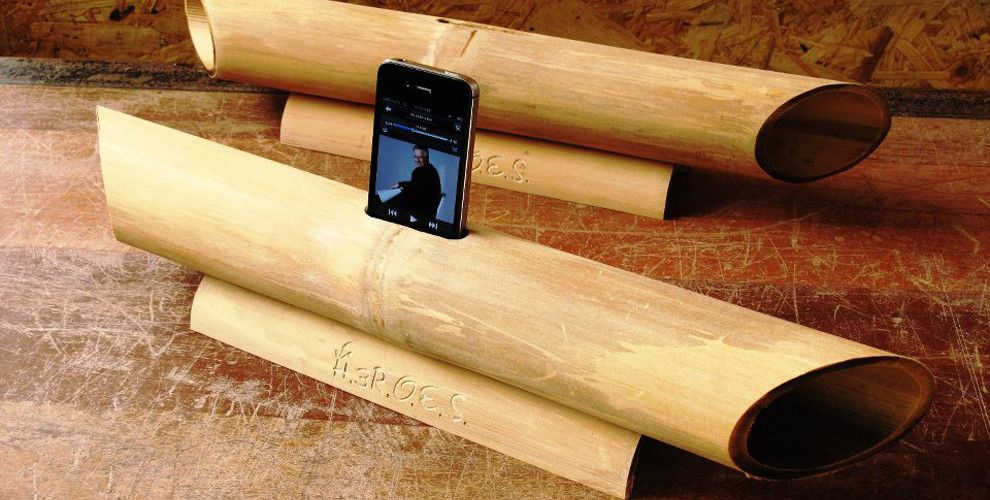 Mobili Bamboo ~ This next gen music speaker is really just hollow bamboo