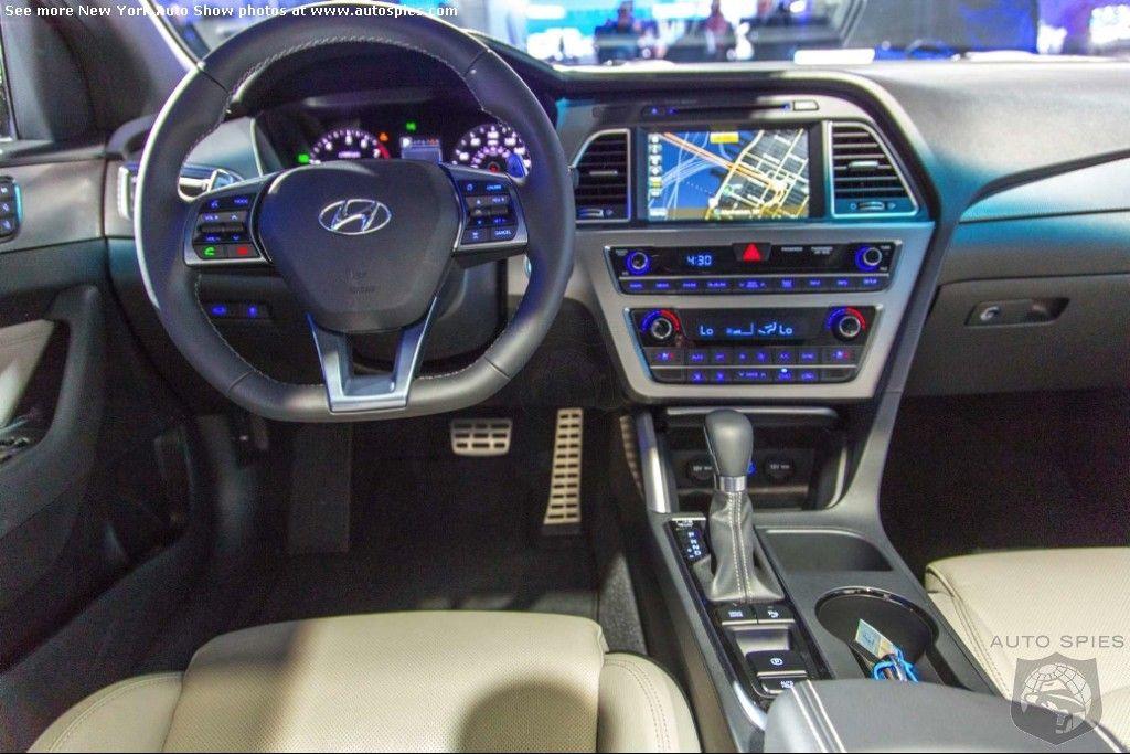 Un intérieur 100% confort, Hyundai Sonata 2015 http://www.carscoops ...