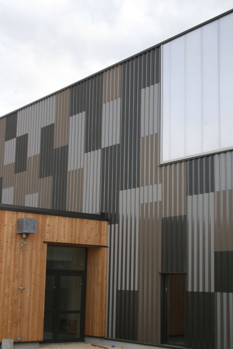 Exterior Wall: Fancy Exterior Design Ideas With Corrugated Metal Cladding