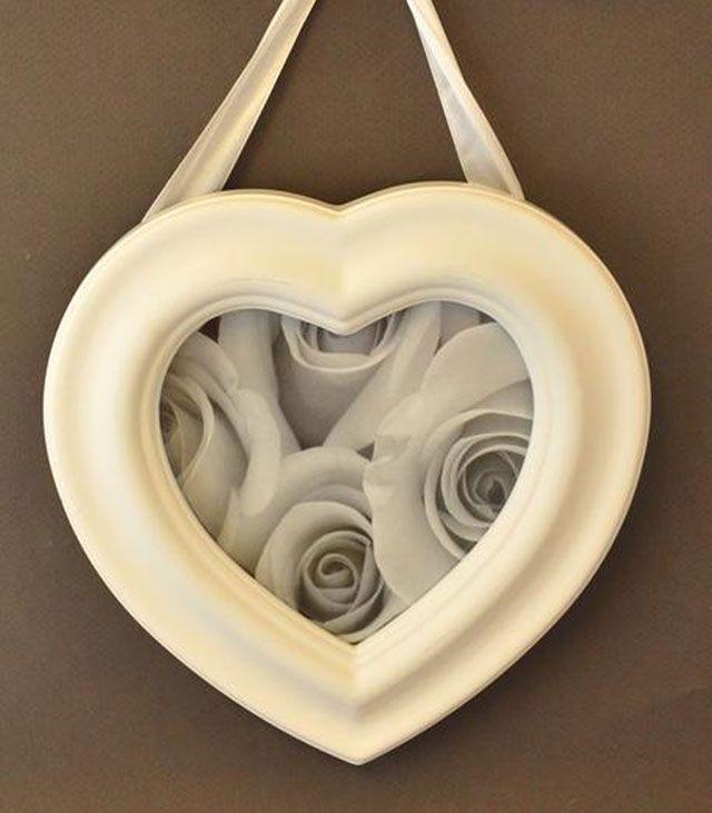 Sydän- ja rakkausaiheet - Valokuvakehys sydän 20 cm valkoinen - Hyvän Tuulen Puoti