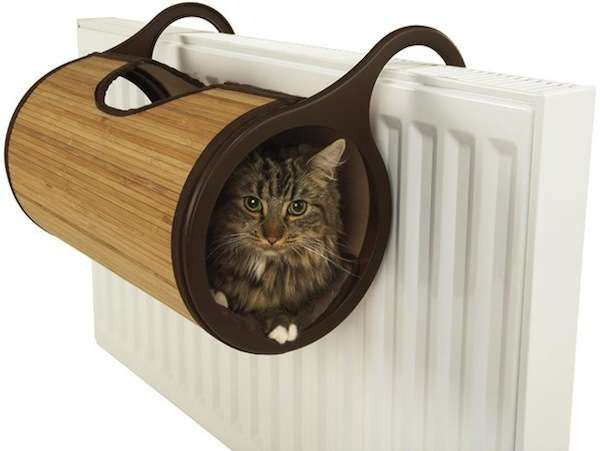 Top idea!!!  100 Playful Pet Furnishings - Animal Furniture From Kitty Trees to Puppy Couches (TOPLIST)