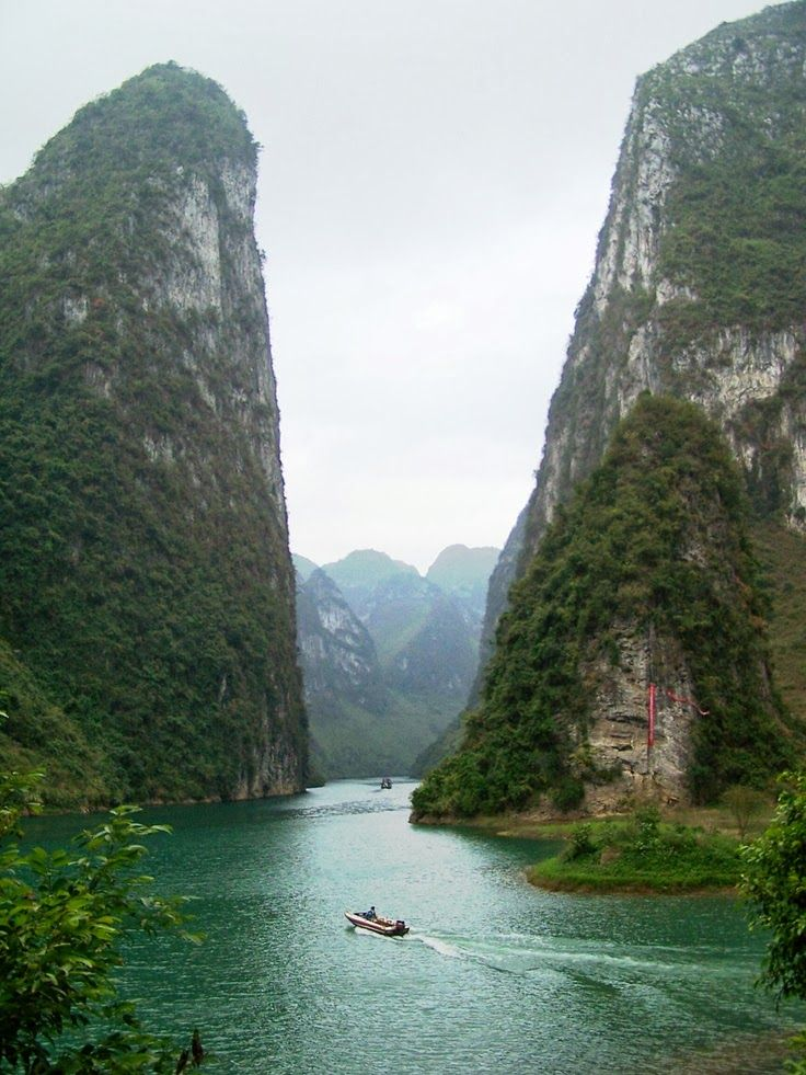 The Yangtze River Is The Longest River In Asia And The Third - What is the third largest river in the world