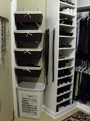 Great idea to use wall mounting brackets in the closet!