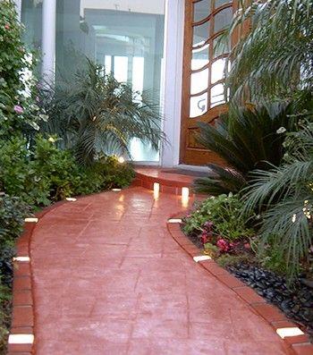 Let S Edge It Plastic Brick Edging W Built In Solar Lights Brick Edging Landscape Lighting Design Landscape Lighting