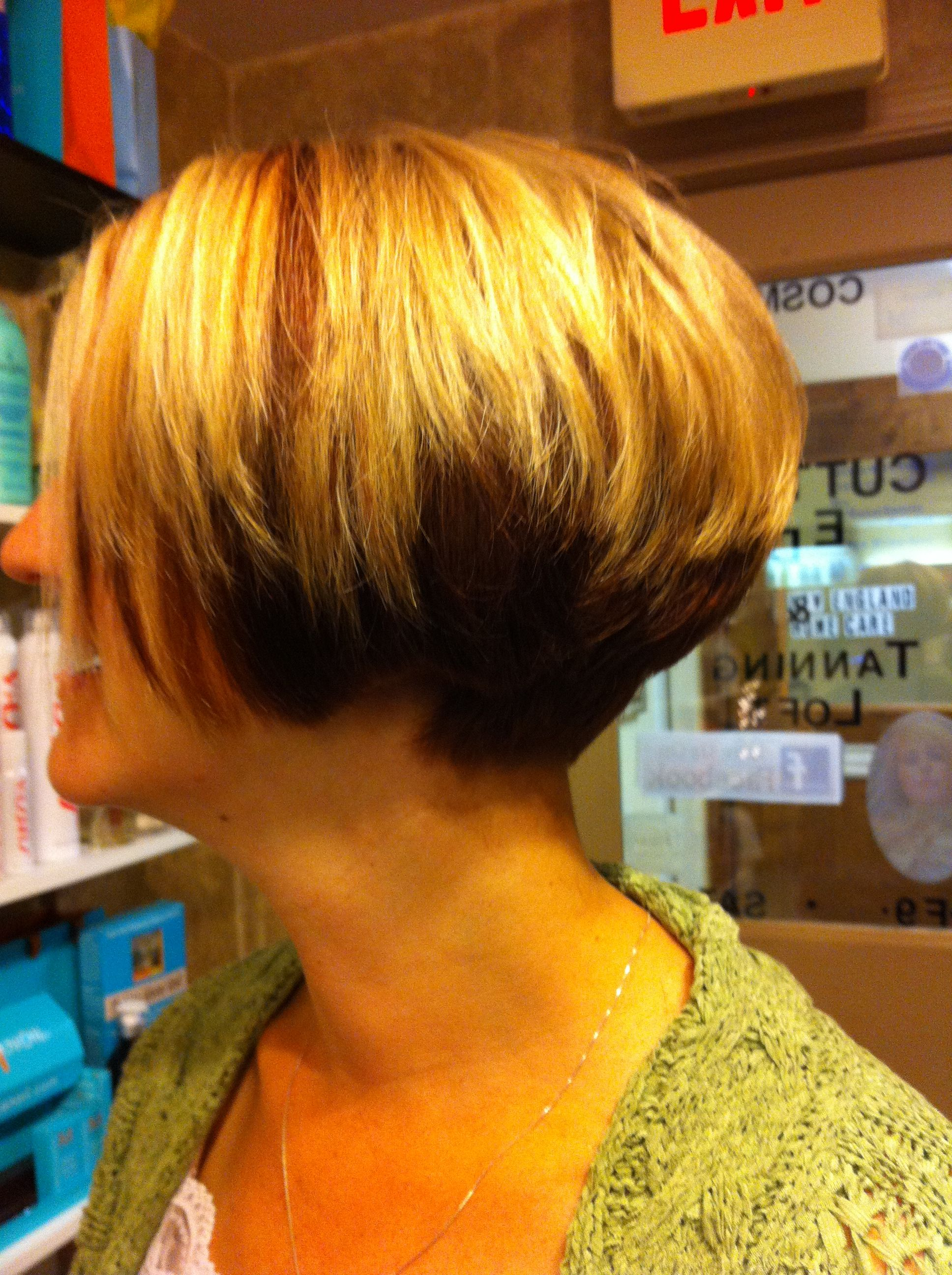 Short stacked bob under color copper and golden blonde | bob's and pixies | Hair styles, Short ...