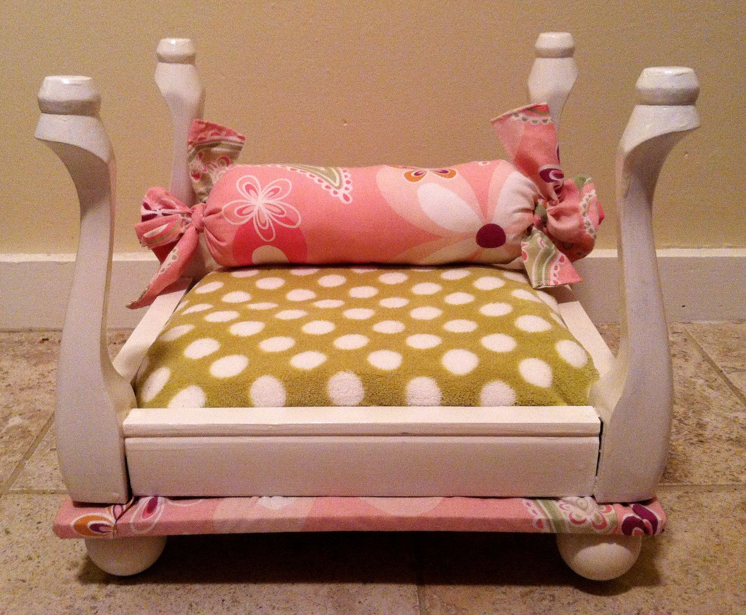 Upcycled Pet Bed Made From A Itty Bitty Stool Dog Beds For Small