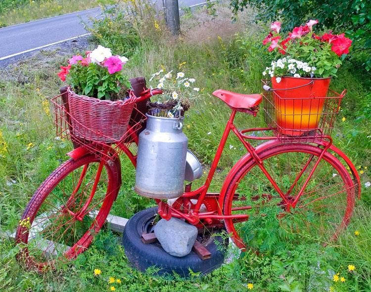 Cheerful Red Bicycle Planter. Got An Old Bike You No Longer Ride Or That Has