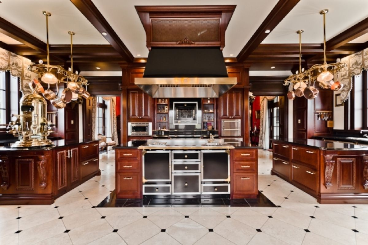 La Cornue Kitchen Pot Hangers 5 Celebrities With Kitchens You Need To See Appliances Image Result For Celine Dion