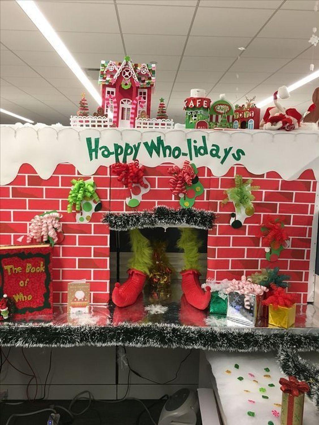 30 Latest Christmas Office Decoration Ideas You Should Try In 2020 Office Christmas Decorations Grinch Christmas Decorations Christmas Cubicle Decorations