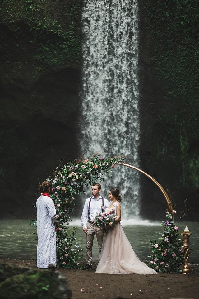Flower nymph's wedding (photo by Oleg)