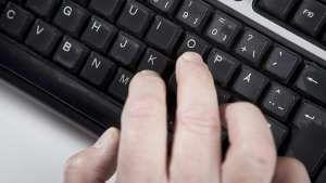 Näppäimistön F- ja J-kirjaimissa on kohoumat – tiedätkö miksi?  http://www.msn.com/fi-fi/lifestyle/koti-ja-vapaa-aika/n%C3%A4pp%C3%A4imist%C3%B6n-f-ja-j-kirjaimissa-on-kohoumat-%E2%80%93-tied%C3%A4tk%C3%B6-miksi/ar-BBpUQmc?li=AAaDcIL