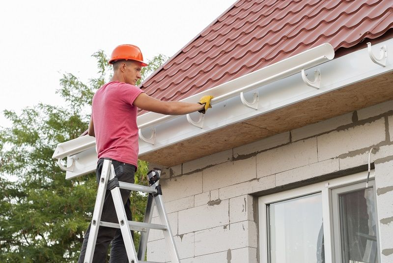 How To Install And Replace Gutters How To Install Gutters Gutters Home Maintenance