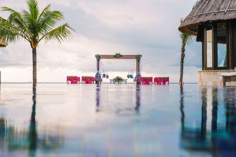 Forget Vegas: Elope at One of These 10 Picturesque Wedding Destinations http://www.justluxe.com/travel/hotel/feature-1955205.php