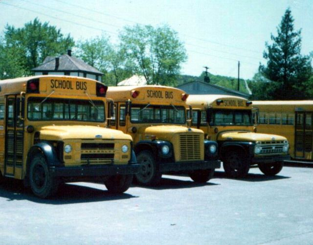 Chevy International And A Old Ford All In A Row Early 70 S School Bus Old School Bus Bus