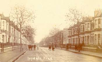 ivydale-road-00582-350 Ivydale Road was built in the late 1880s by one of South London's most speculative builders, Edward Yates. It formed the backbone of one of his largest enterprises, the Waverly Estate, a development that spread over 50 acres and 800 homes. It was built partly on land he owned and land leased from Christ's College. Uniformity characterised the houses, and the well clothed and shod children indicate the relatively prosperous status of the new residents