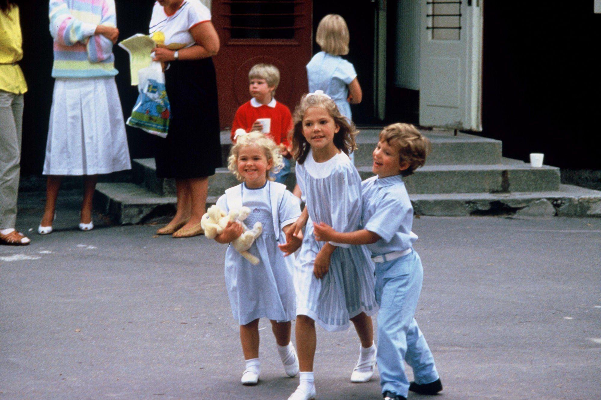 Шведские семьи онлайн, Шведская семья - поиск по лучшим видео (видеороликам) 14 фотография