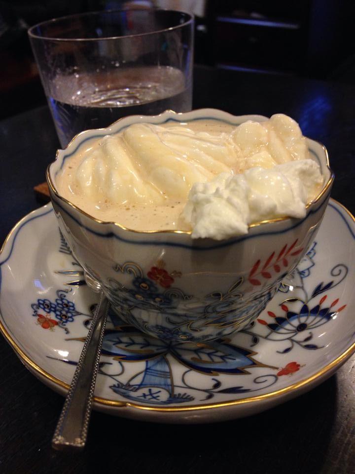 生クリームたっぷりウインナーコーヒーデザート飯テロ 壁紙