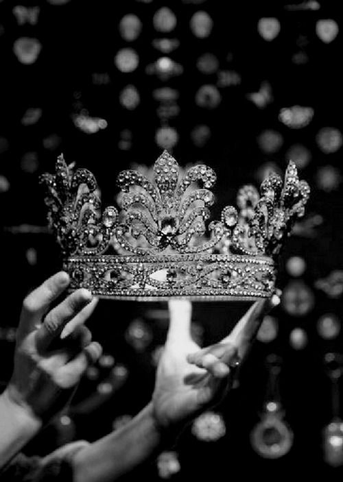 Tumblr Heavy Is The Head Royal Crowns Jewelry Crown