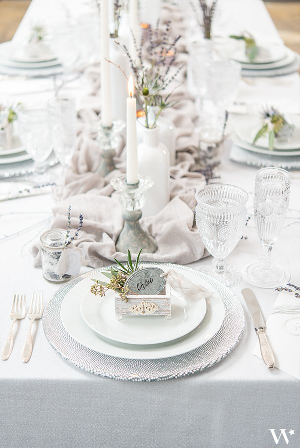 This Wedding Reception Table Setting With The Winter Whites And Silver Is Beaut Vintage Shabby Chic Wedding Reception Table Settings Shabby Chic Wedding Favors