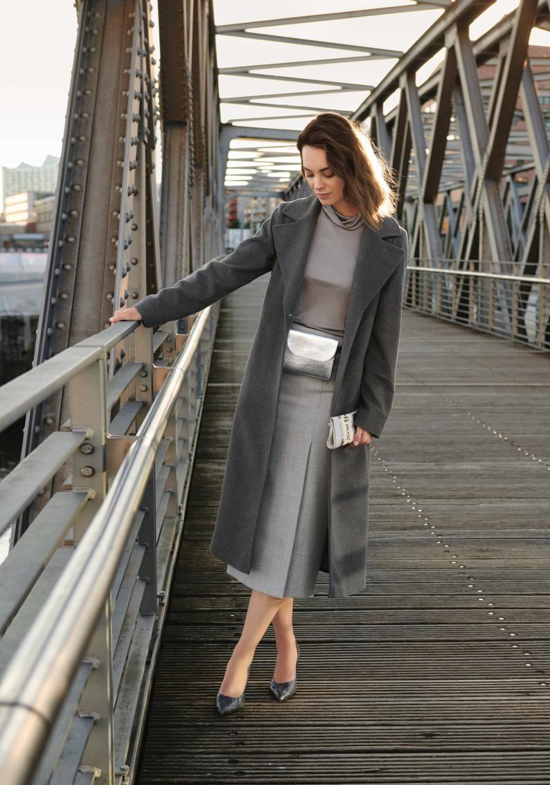 Pin Von Stefanie Diller Auf Grau Kombinieren Kaschmir Mantel Strickjacken Outfit Modestil