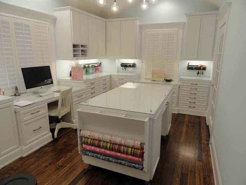 Craft room design pictures 3 craft room designs ikea for Craft office room ideas