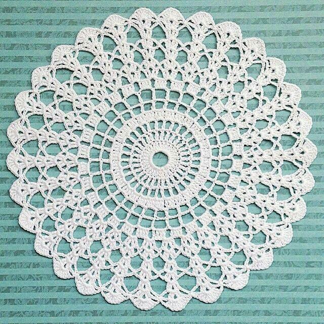 Tapete | crochet | Pinterest | Deckchen, Häkeln und Häkeldeckchen