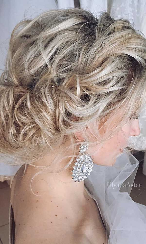 Soft Hairstyle With Pinned Ends Updos For Thin Hair Are Usually Best When They And Aerial An Updo Whipped Waves Loosely Sections