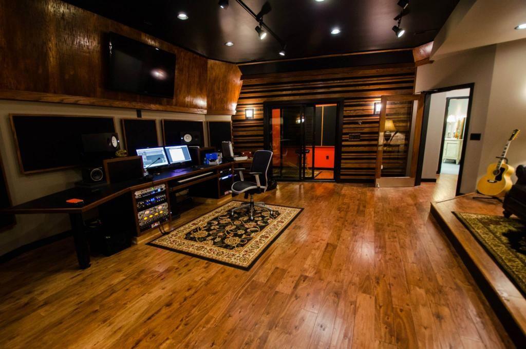 345744d1368993654-king-sound-studio-under-construction-paducah-kentucky-980958_516907521703982_2119100129_o.jpg (1024×679)