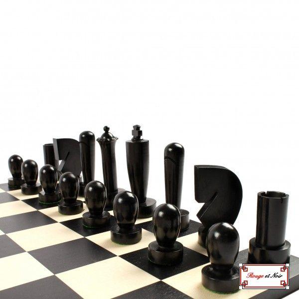 Rouge et noir jeu d 39 checs berliner jeux d 39 checs d co int rieur pinterest jeu - Jeux de decoration d interieur ...
