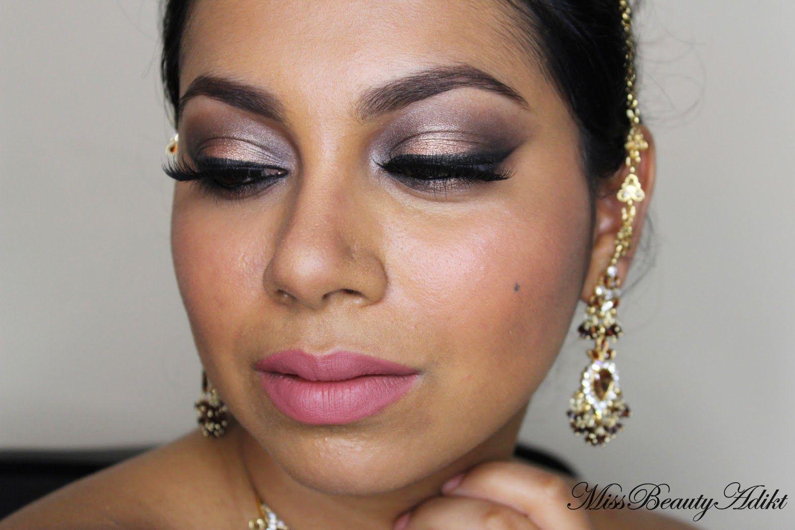 Makeup Revolution Ultra 32 Eyeshadow Palette in Flawless