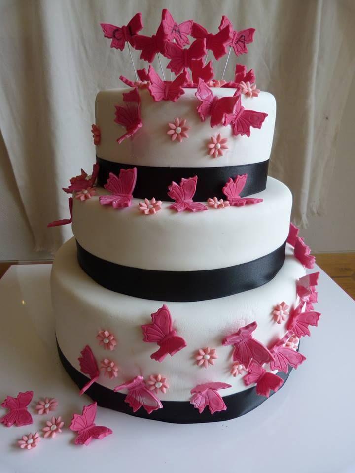 La pièce montée papillons de Virginie Wedding Cake Red, Holiday Cakes,  Beautiful Cakes,