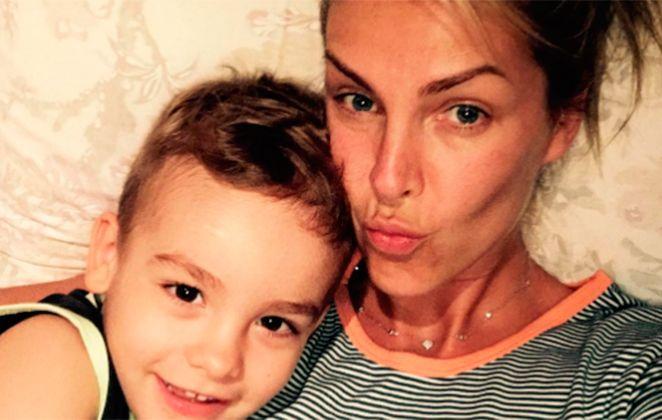 9d828c76ed009 Sem maquiagem, Ana Hickmann posa ao lado do filho   Bom dia    Ofuxico