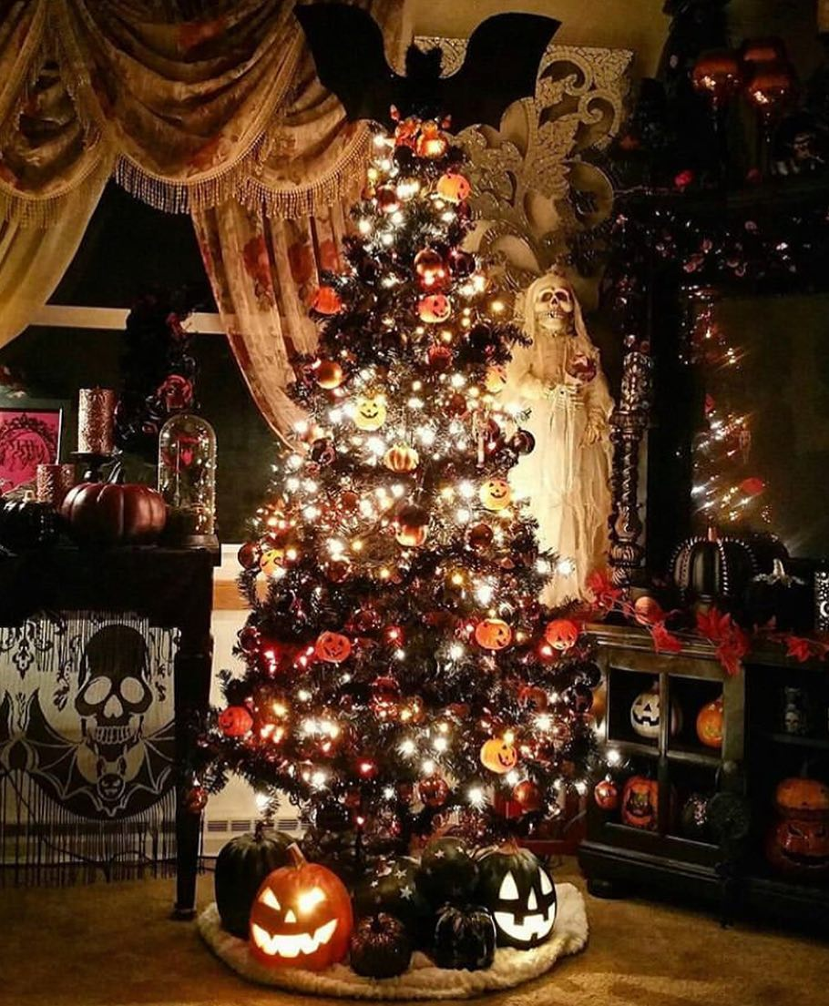 Can T Decide If You Love Halloween More Or Christmas You Don T Have To Pick One You Can Us Halloween Christmas Tree Christmas Tree Traditional Christmas Tree