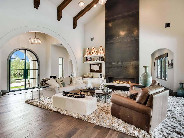 Step Inside A Striking Mediterranean Style Dwelling In Texas Hill