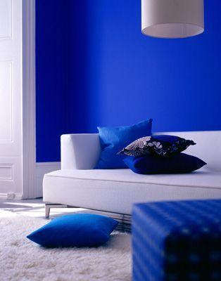 101 Bright Living Rooms Design Idea Decoratoo Blue Interior Paint Blue Painted Walls Blue Interior Design