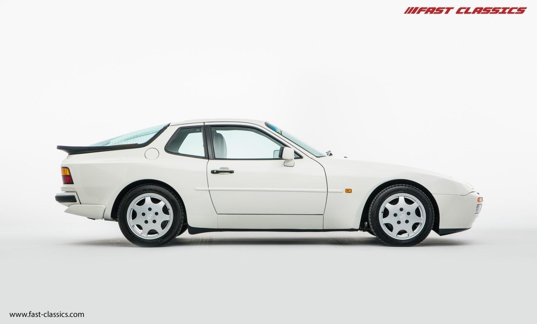 We Found This Porsche 944 Turbo Stunning Alpine White On Ebay Porsche 944 Porsche Turbo