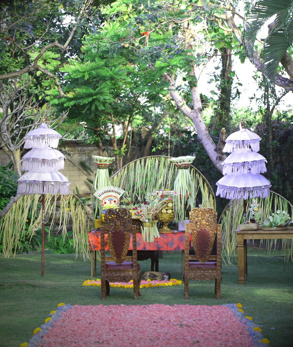 Balinese Traditional Wedding Decoration For Blessing