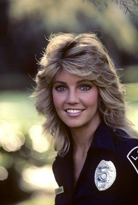 10++ 80s feathered hairstyles trends