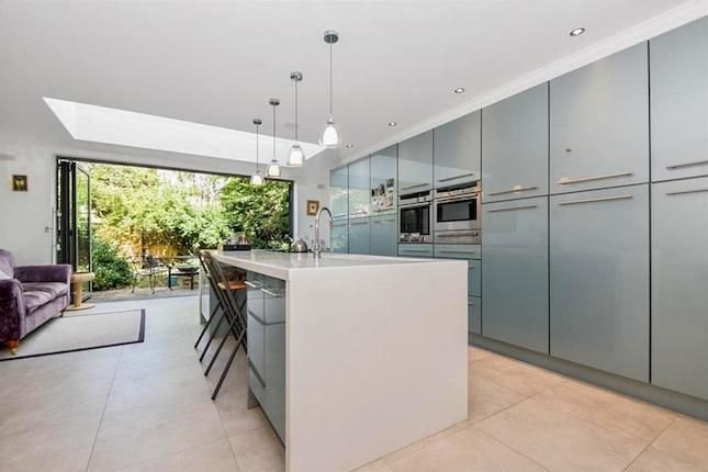 Another Recent Extension In Sw14 With A Tall Bank Of Units Along One Wall And Prep Island Wit Kitchen Design Small Kitchen Diner Extension Kitchen Seating Area