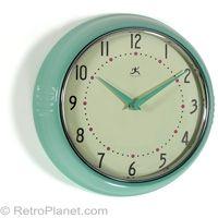 Classic #Retro Round Kitchen Clock in Green  http://www.retroplanet.com/PROD/14661