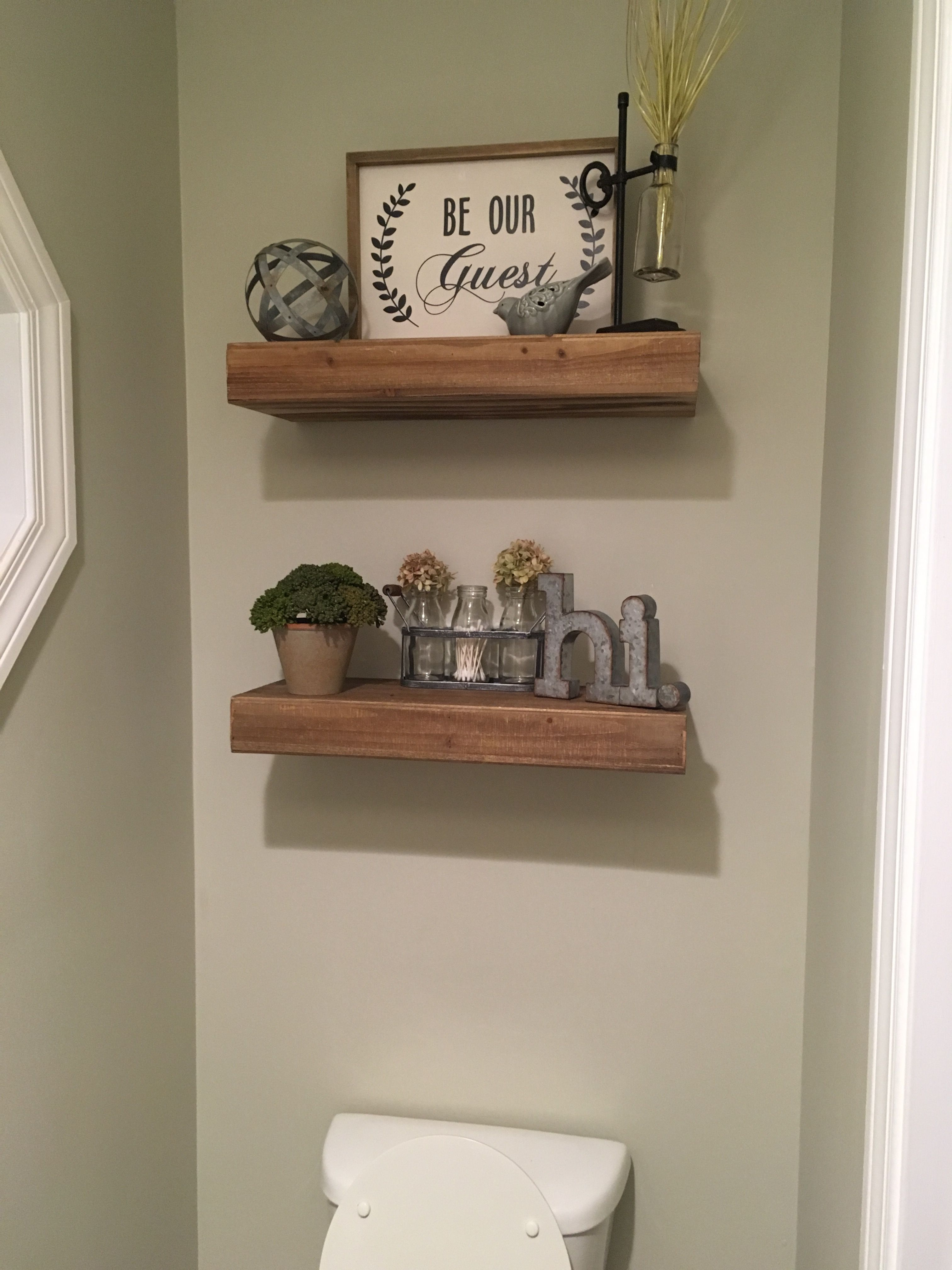 Farmhouse bathroom decor What to put on the wall above