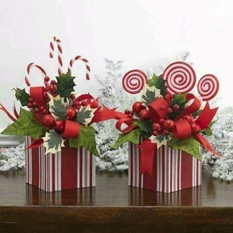 Simple Christmas arrangements