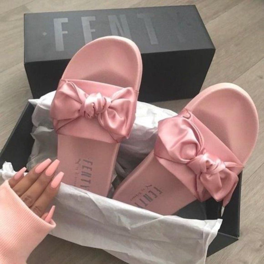 huge selection of fcd66 c8324 FENTY X Puma Bow Slide Collab By Rihanna Ladies Pink Ribbon ...