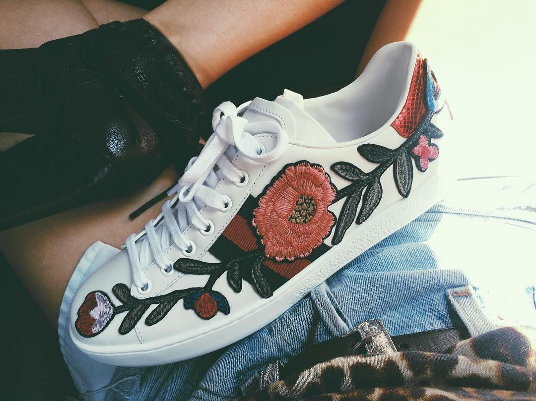gucci new ace floral embroidered low top womens sneakers malibu mart pinterest gucci. Black Bedroom Furniture Sets. Home Design Ideas
